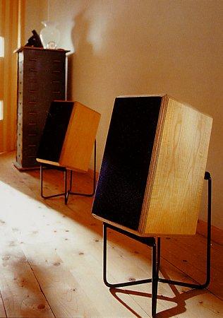 super elf. Black Bedroom Furniture Sets. Home Design Ideas